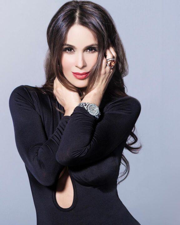 Catherine SiachoCatherine-Siachoque-actrices-colombianasque