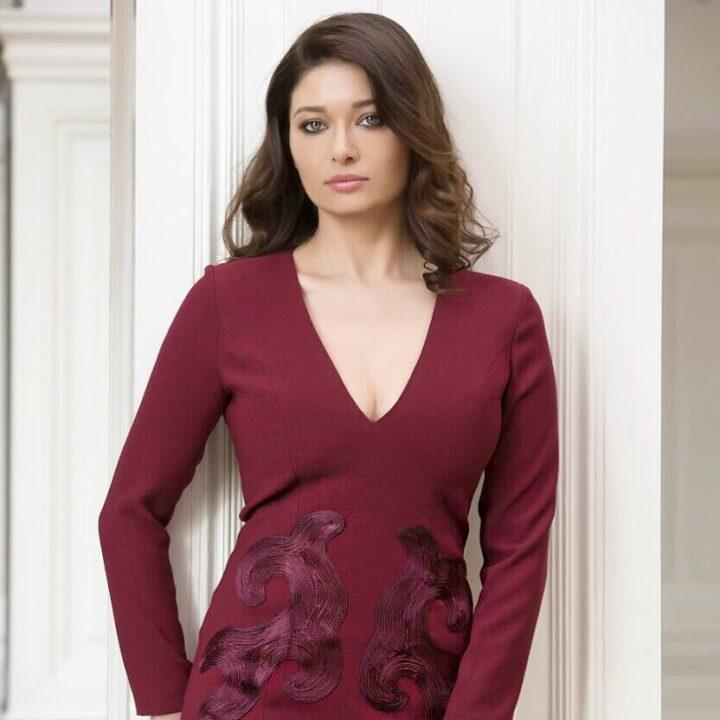 Nurgül Yeşilçay actrices turcas