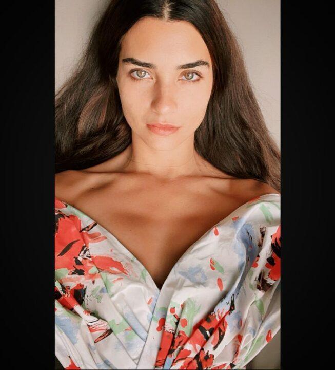 Tuba Büyüküstün actrices turcas